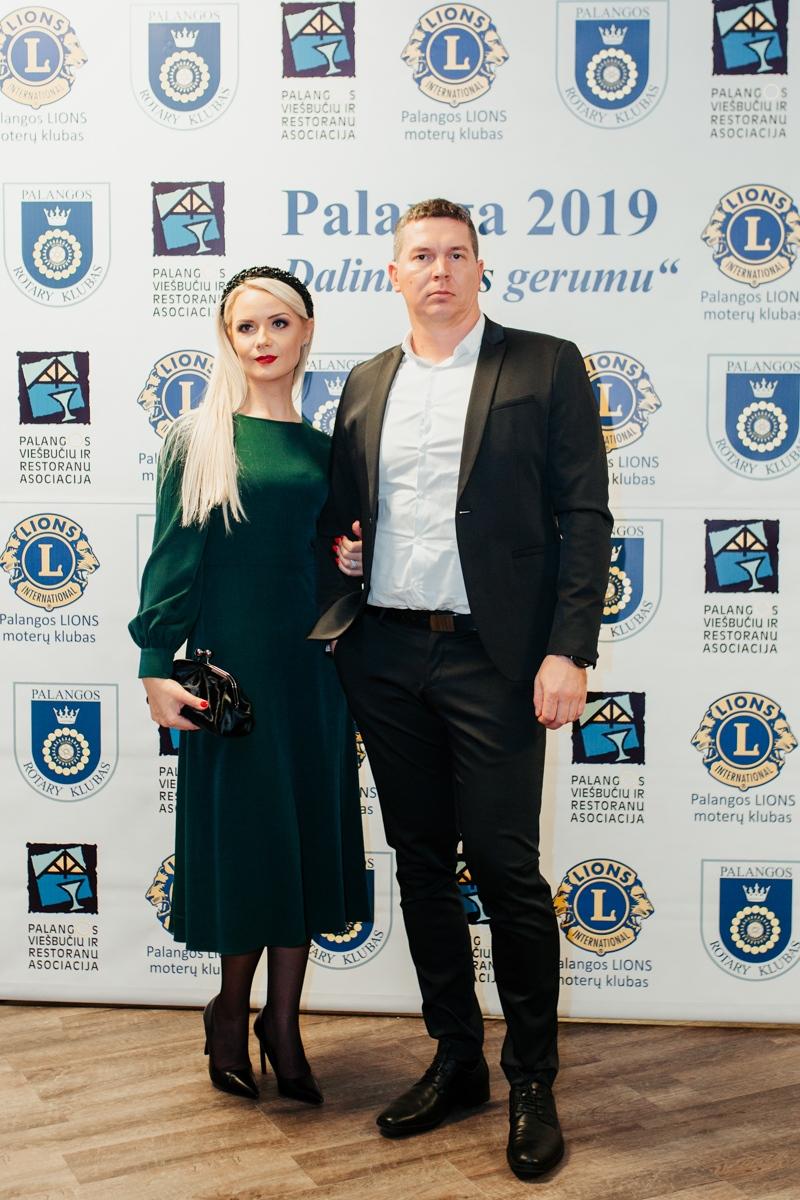 3_Palangos-viešbučių-ir-restoranų-asociacijos-prezidentė-Ingrida-Valaitienė-su-vyru